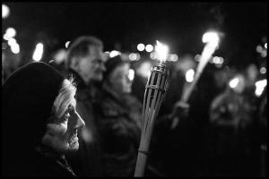 971101-21a herdenking Kristallnacht