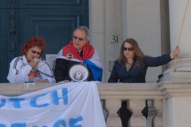 Raffie Chohan, Maarten Hoekwater, en Melanie Dittmer op DDL demonstratie Rotterdam, 24 mei 2015