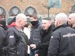 Kris Roman (links) op demonstratie Autonome Nationalisten Vlaanderen, 08-2013