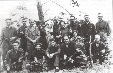 A radical history of the struggle against fascism in Holland since the early 20th century, written by member of the Dutch section of Anti-Fascist Action.